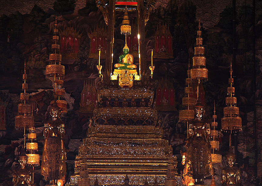 bangkok tour temple emerald buddha